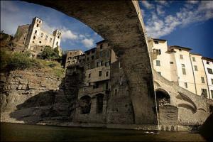Dolceacqua-Sotto_ponte